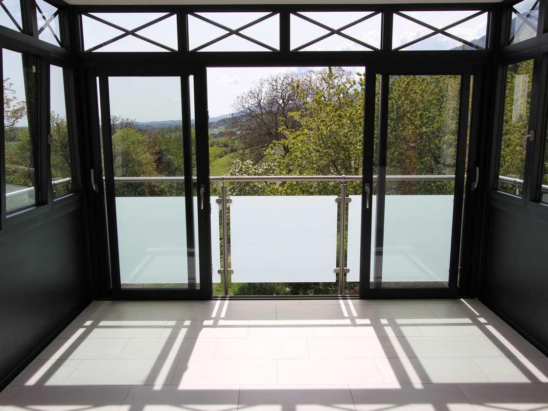Fermeture de balcon à Baulmes - canton de Vaud